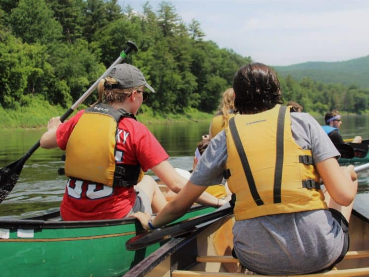 Teens canoeing in New Hampshire